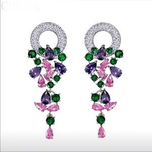 Long Cubic zirconia sparkling crystals earrings